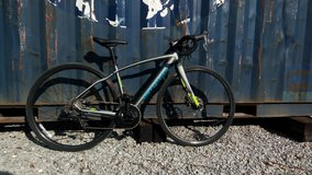 Specialized diverge sport road bike in Fort Leonard Wood, Missouri
