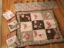 girls baby set in Sandwich, Illinois