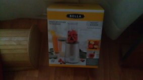 Bella Blender New! in Beaufort, South Carolina