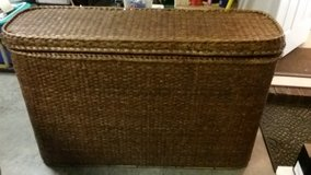 REDUCED -Wicker sofa/console table in Beaufort, South Carolina