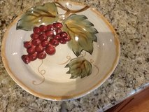 "Decorative plate 11"" in Glendale Heights, Illinois"