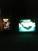 Corona extra electric/sound beer sign&lamp in Clarksville, Tennessee