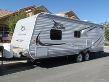 2015 Jayco Jayflight 23 foot travel trailer in Nellis AFB, Nevada