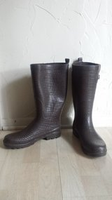 Like new!  Women's Shoes - Brown Rain Boots in Naperville, Illinois