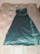Green Evening  / Prom Dress in Ramstein, Germany