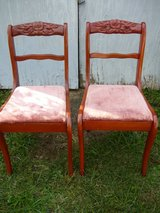 2 Rose Back Chairs in Fort Campbell, Kentucky