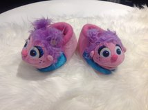 Abby Cadabby Slippers Shoes 7-8 in Fort Campbell, Kentucky