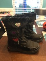 Girls Black Winter Boots in Joliet, Illinois