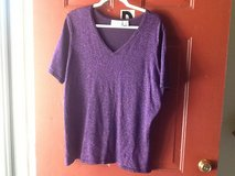 Plus size 1X purple sparkle top in Fort Campbell, Kentucky