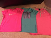 Girl's Nike t shirts XL (14) in Plainfield, Illinois