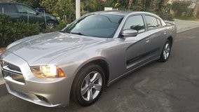 2014 DODGE CHARGER SXT SUPER CLEAN in San Ysidro, California