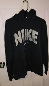 Nike hooded sweatshirt XL in Fort Campbell, Kentucky