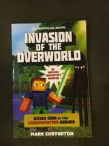 Minecraft book: Invasion of the Overworld Soft cover. In good condition. in Ramstein, Germany