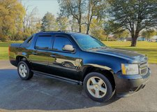 2007 Chevrolet Avalanche LS 2WD in Fort Campbell, Kentucky