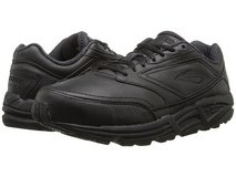 MEN'S LEATHER WALKING SHOES 8 1/2 B in Camp Pendleton, California