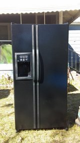 Im selling a GE side by side refrigerator in Beaufort, South Carolina