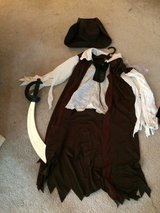Girl's Pirate Costume Size 8/10 in Plainfield, Illinois