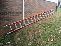 28' Fiberglass Extension Ladder in Pleasant View, Tennessee