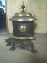 Vintage Wood Burning Parlor Stove in 29 Palms, California