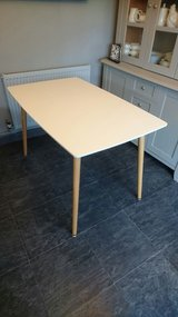 REDUCED Modern Design White Table in Lakenheath, UK