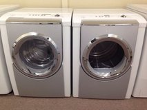 BOSCH Frontload Washer and Dryer Set in Temecula, California