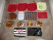 Lot of 14 makeup bags/change purses in Fort Benning, Georgia