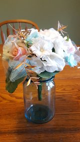 Small Wedding Centerpieces in Sandwich, Illinois