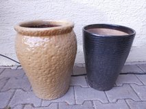 "20"" TALL CERAMIC POTS in Ramstein, Germany"