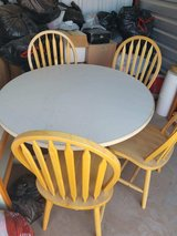 3 chairs,  NO TABLE ANY LONGER ALL excellent condition in Alamogordo, New Mexico