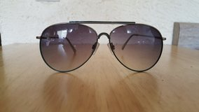 NEW AVIATOR SUNGLASSES in Bartlett, Illinois