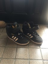 Adidas 1inch high size 7 in Okinawa, Japan