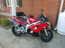 2002 Yamaha YZF-R6 in Cherry Point, North Carolina