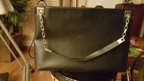 PRETTY BLACK PURSE in Elgin, Illinois