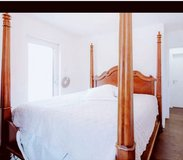 Beautiful Solid-Wood King-sized Poster Bed in Fort Meade, Maryland