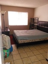 Room for rent in oceanside in Camp Pendleton, California