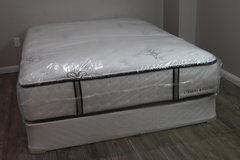 Queen Mattress in Spring, Texas