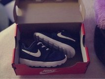 Nike Shoes Size: 5C in Fort Bliss, Texas