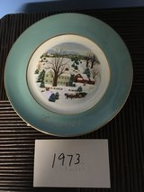 21 Different Avon Christmas Plates See Details in Elizabethtown, Kentucky