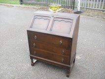 Vintage Oak Writing Bureau Desk in Lakenheath, UK