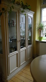 China Cabinet with matching table - SOLID WOOD in Stuttgart, GE