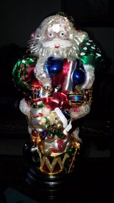 Large Santa glass decor in Naperville, Illinois