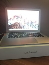 Macbook air early 2015 model, 1.6 Ghz, i5, 128GB in Belleville, Illinois