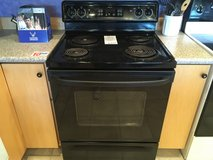 GE Spectra Black 4 Burner Range - USED in Fort Lewis, Washington
