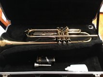 Trumpet w/case and extras in Bartlett, Illinois
