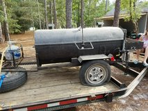 Pig / Chicken Cooker in Wilmington, North Carolina