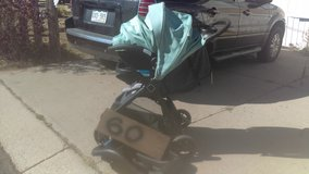 Travel system stroller carseat combo in Fort Carson, Colorado