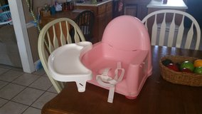 Portable highchair in Perry, Georgia
