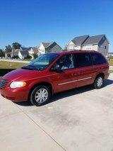 2006 Chrysler Town and Country Touring Edition in Belleville, Illinois