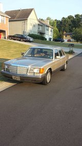 1990 Mercedes Benz in New Orleans, Louisiana
