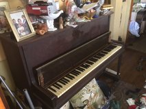 Cable Midget Upright Piano in Chicago, Illinois